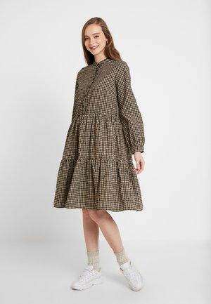 VALIS - Sukienka koszulowa - cocoon