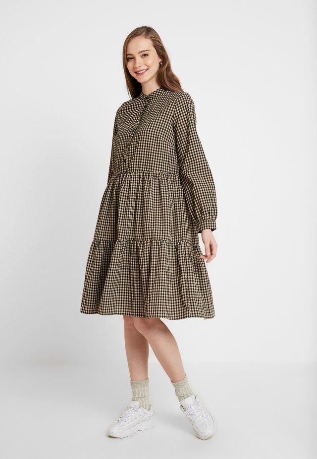 VALIS - Shirt dress - cocoon
