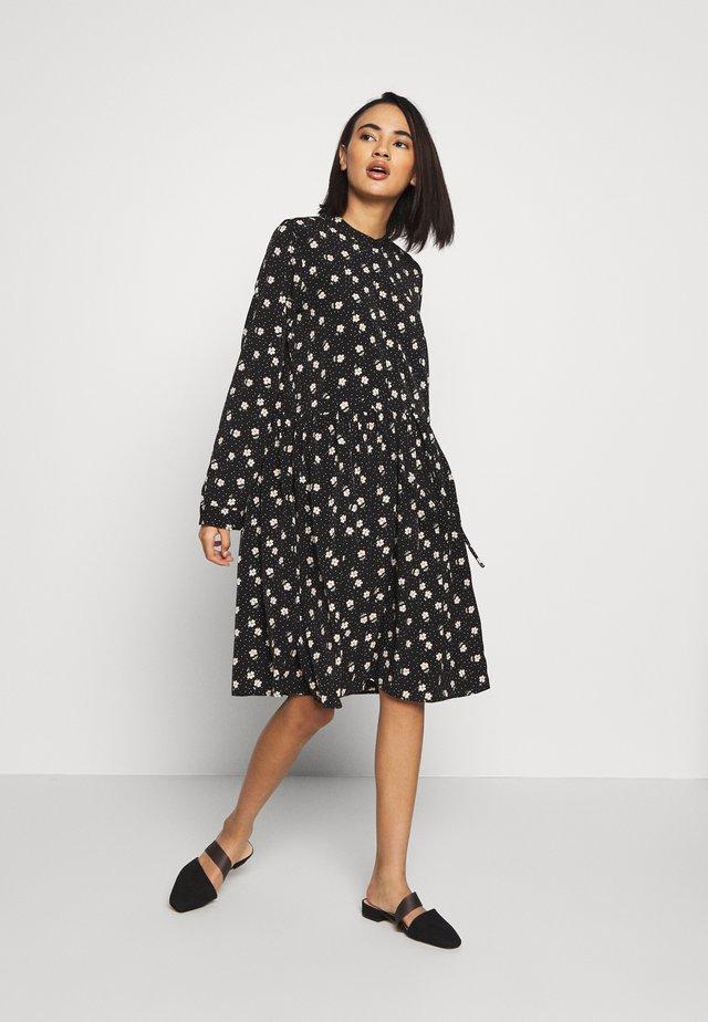 DANISA - Korte jurk - black
