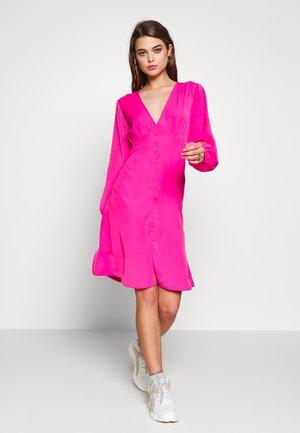 TAVINA - Vapaa-ajan mekko - pink rose