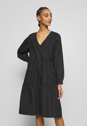 LUCKILY - Robe d'été - black