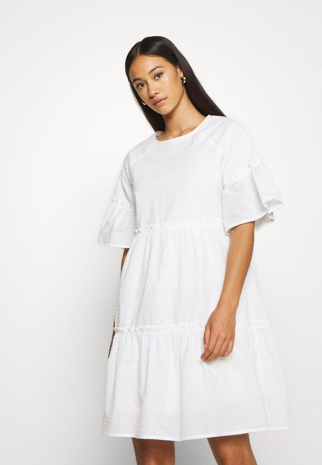 GIRAL  - Freizeitkleid - white
