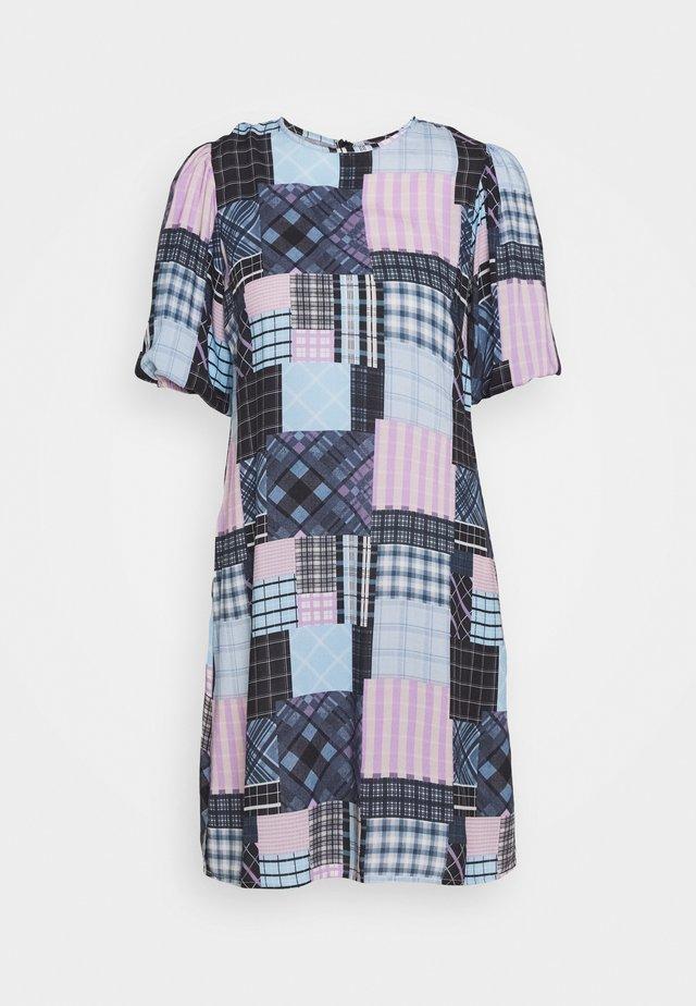 NIKKI - Denní šaty - blue horizon