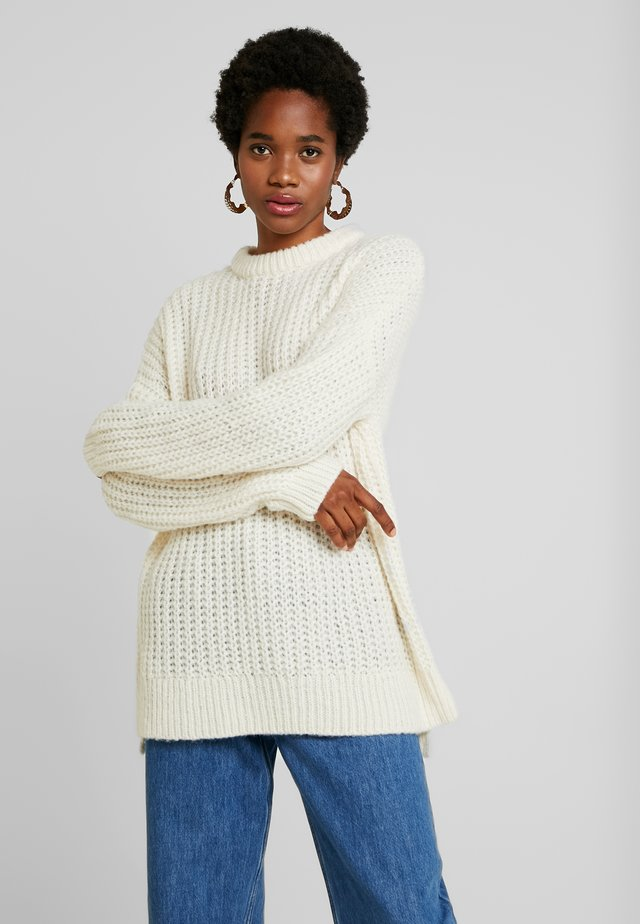 GINNIA - Strickpullover - ivory