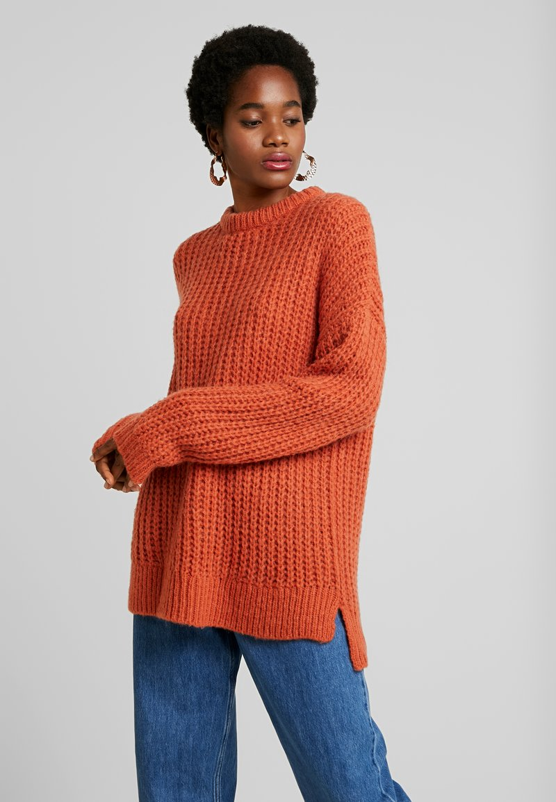 Moves - GINNIA - Strickpullover - burnt brick