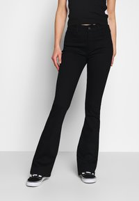 Moves - HANNIA - Flared Jeans - black - 2