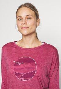Mons Royale - ESTELLE RELAXED - Langærmede T-shirts - rosewood - 3