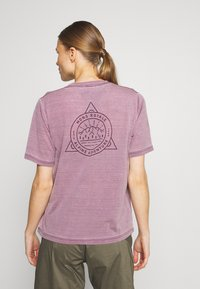Mons Royale - SUKI TEE GARMENT - T-Shirt print - vintage eggplant - 2