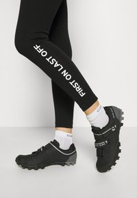 Mons Royale - CHRISTY LEGGING - Punčochy - black - 3
