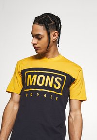Mons Royale - REDWOOD ENDURO - T-shirts print - gold/iron - 4