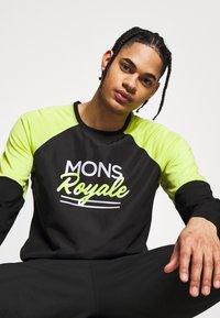 Mons Royale - TARN FREERIDE WIND - Funkční triko - black/sonic lime - 4