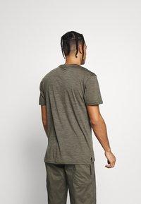 Mons Royale - VAPOUR - T-shirts print - olive - 2