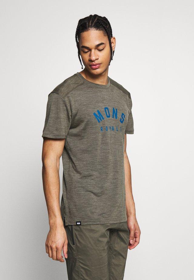 VAPOUR - T-shirt print - olive