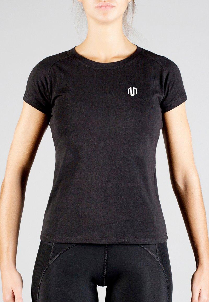 MOROTAI - Basic T-shirt - black