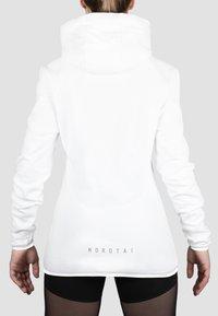 MOROTAI - Hoodie - white - 1
