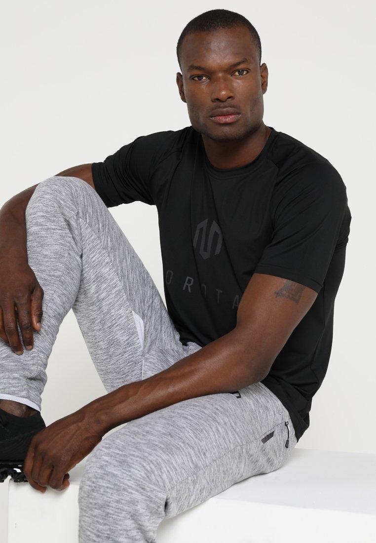 MOROTAI - PERFORMANCE BASIC - T-Shirt print - black/black