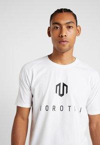 MOROTAI - Print T-shirt - white - 3