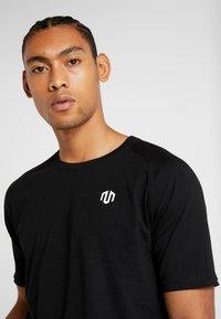 MOROTAI - PREMIUM BASIC - Basic T-shirt - black - 3