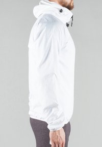 MOROTAI - Waterproof jacket - white - 4