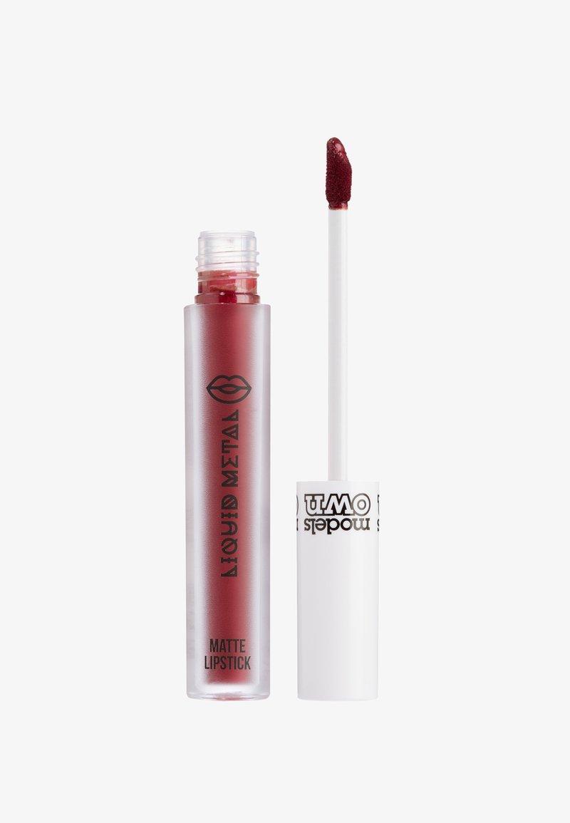Models Own - METALLIC LIP GLOSS - Lip gloss - berry steel