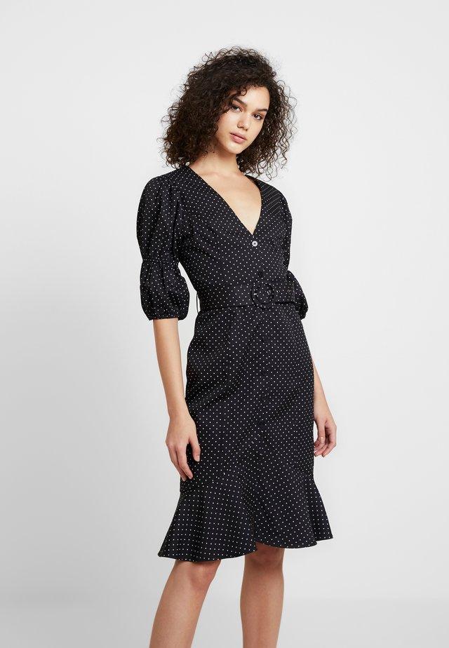 THE RENDEZVOUS DRESS - Skjortekjole - polka dot