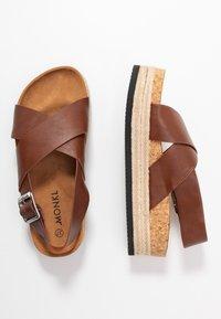 Monki - JANNIKE - Sandalias con plataforma - brown - 3