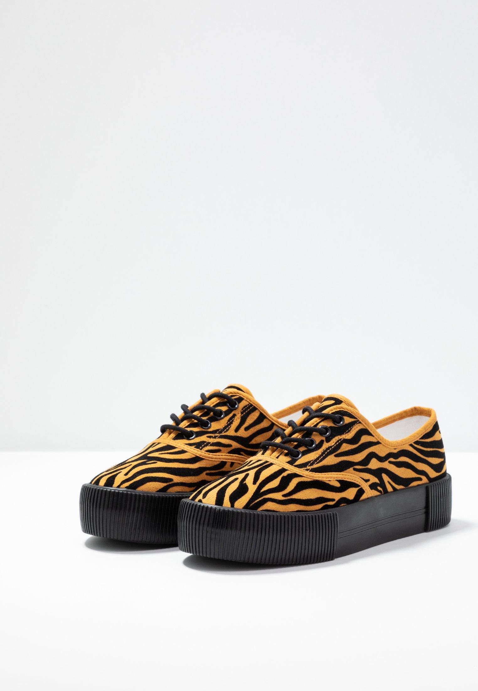 Kendra Basses UniqueBaskets Orange Monki Shoe qzMSUVp