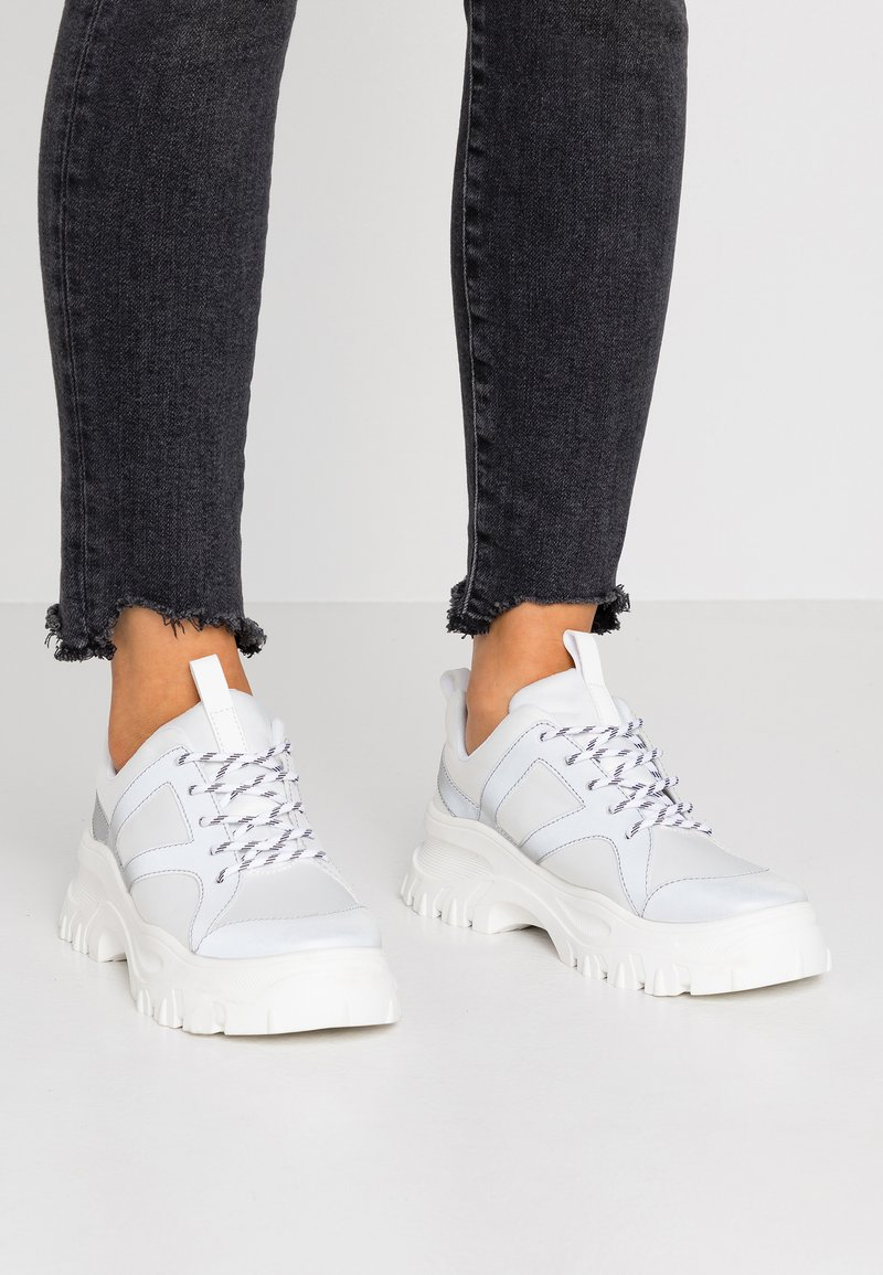 Monki - HEDVIG - Trainers - white/silver