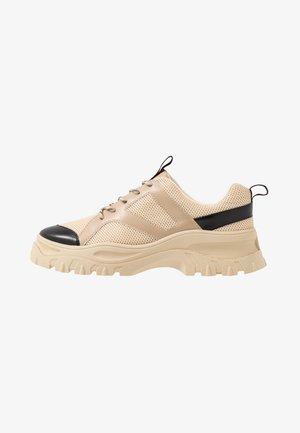 HEDVIG - Sneakers basse - beige
