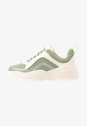 RITVA - Sneakers laag - green/white