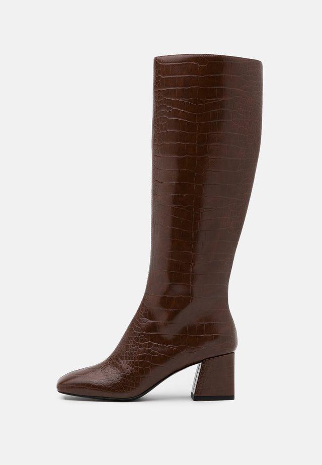 VEGAN PATTIE BOOT - Klassiska stövlar - brown medium dusty