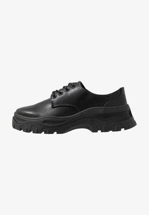 LINDA LACE UP OL UNIQUE - Sznurowane obuwie sportowe - black
