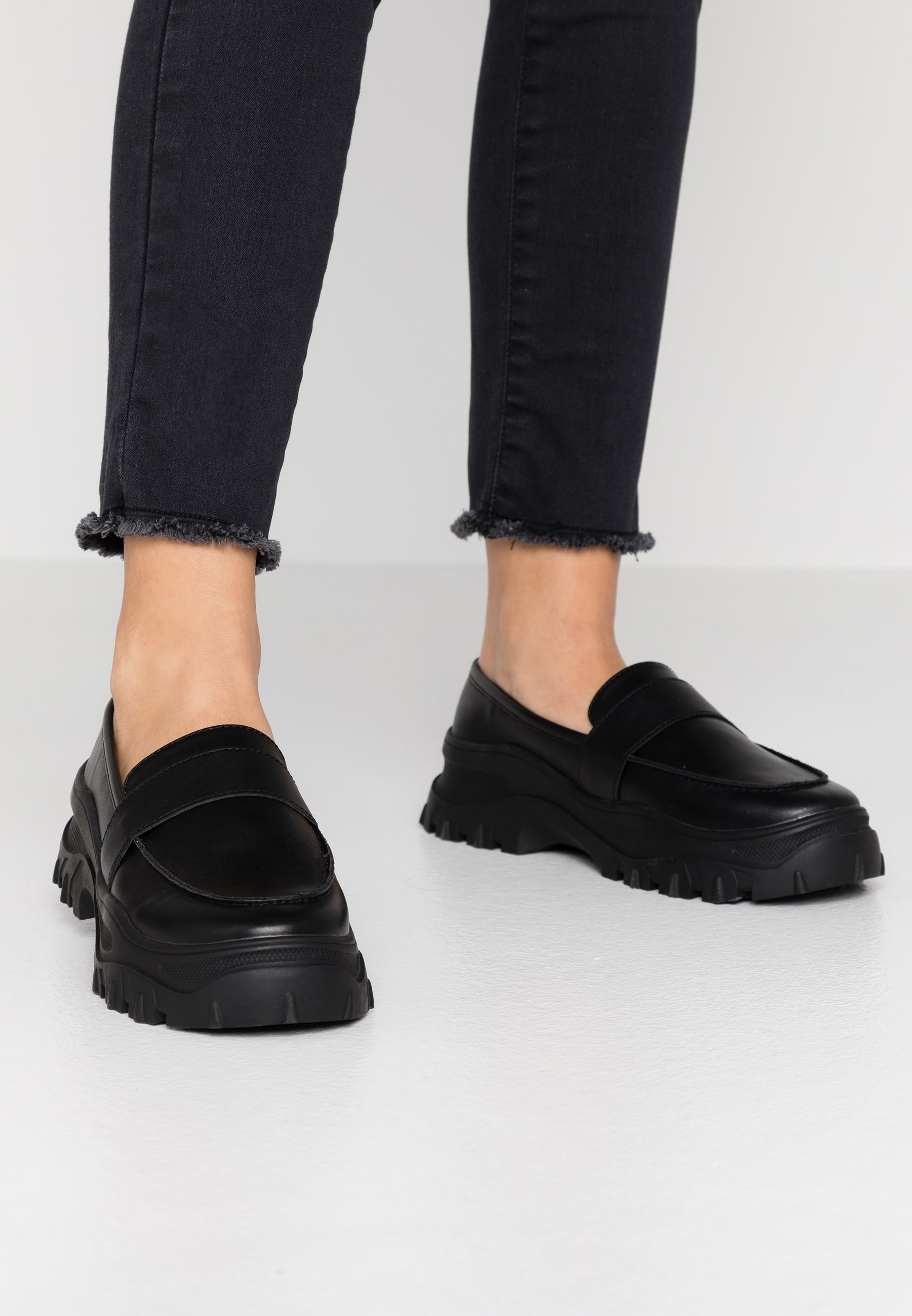 Koi Footwear VEGAN SENTIMENT Półbuty wsuwane black