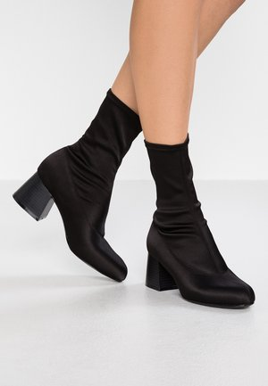 STELLA BOOT - Classic ankle boots - black