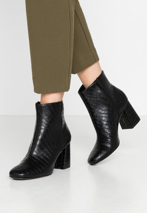 WEI - Ankle boots - black