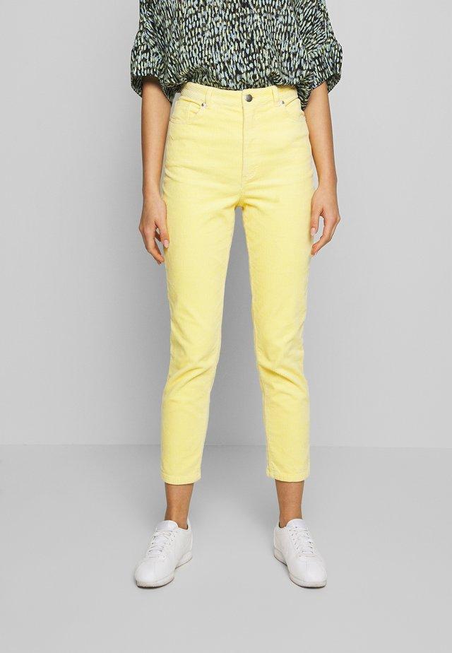 KIMMY TROUSERS - Spodnie materiałowe - yellow