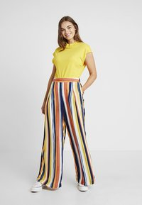 Monki - CARRO TROUSERS - Trousers - multicoloured - 1