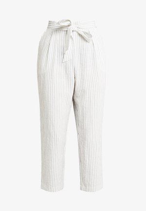 MAGGIS TROUSERS - Pantalones - white/black