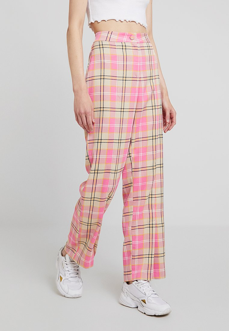 Monki - SIENNA TROUSER - Pantaloni - pink/yellow