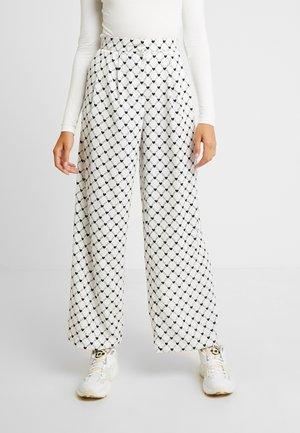 MINA TROUSERS UNIQUE - Bukse - white