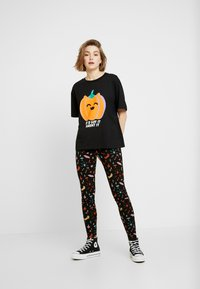 Monki - ED - Leggings - Trousers - black - 1