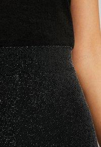 Monki - ED - Leggings - Trousers - black - 4