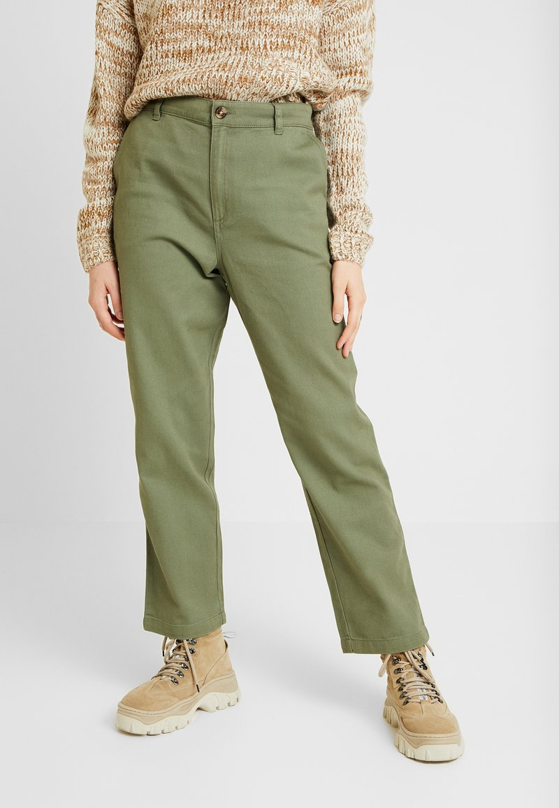 Monki - WINNIE TROUSERS - Straight leg jeans - green