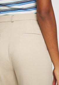 Monki - STACY TROUSERS - Bukse - beige - 4