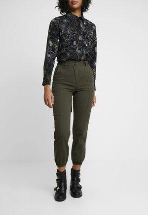 COSMA CARGO - Kalhoty - dark khaki