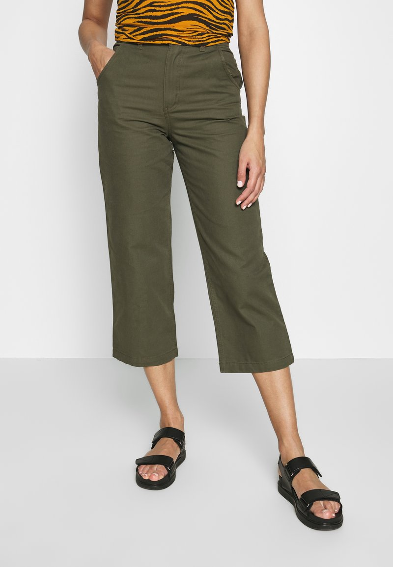 Monki - MABEL TROUSERS - Trousers - khaki