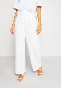 Monki - GALINA TROUSERS - Bukse - white light - 0