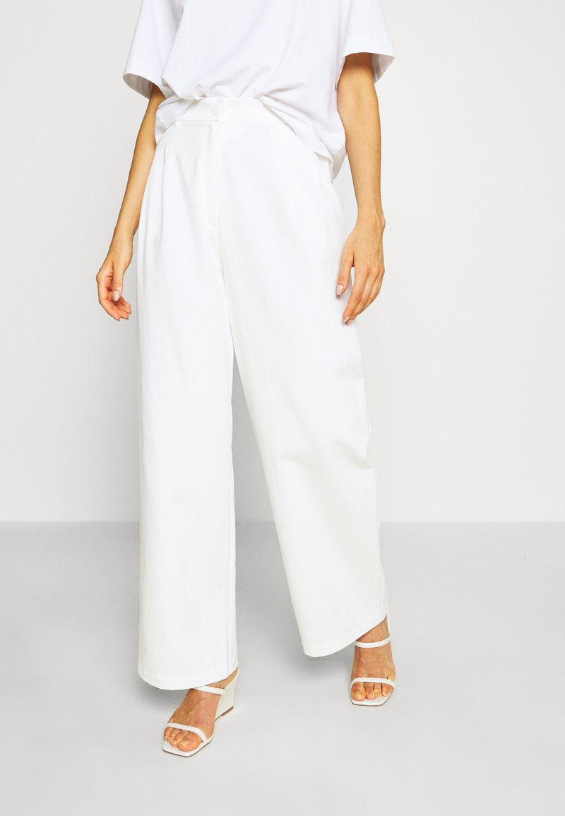 Monki - GALINA TROUSERS - Bukse - white light