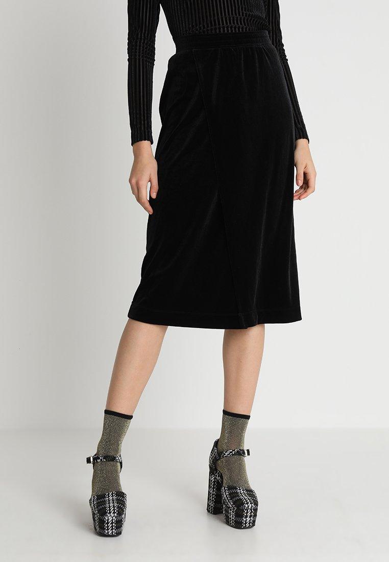 Monki - ELVA SKIRT - Falda de tubo - black