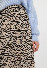 Monki - HALO SKIRT - Maxi skirt - beige/black - 4
